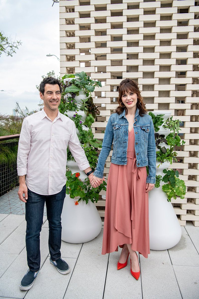 Grow your own veggies! ???? Read the @Inc article by @jeffbercovici about @knowitorgrowit !  https://t.co/u01RoQuGiZ https://t.co/R9zI3MyuCo