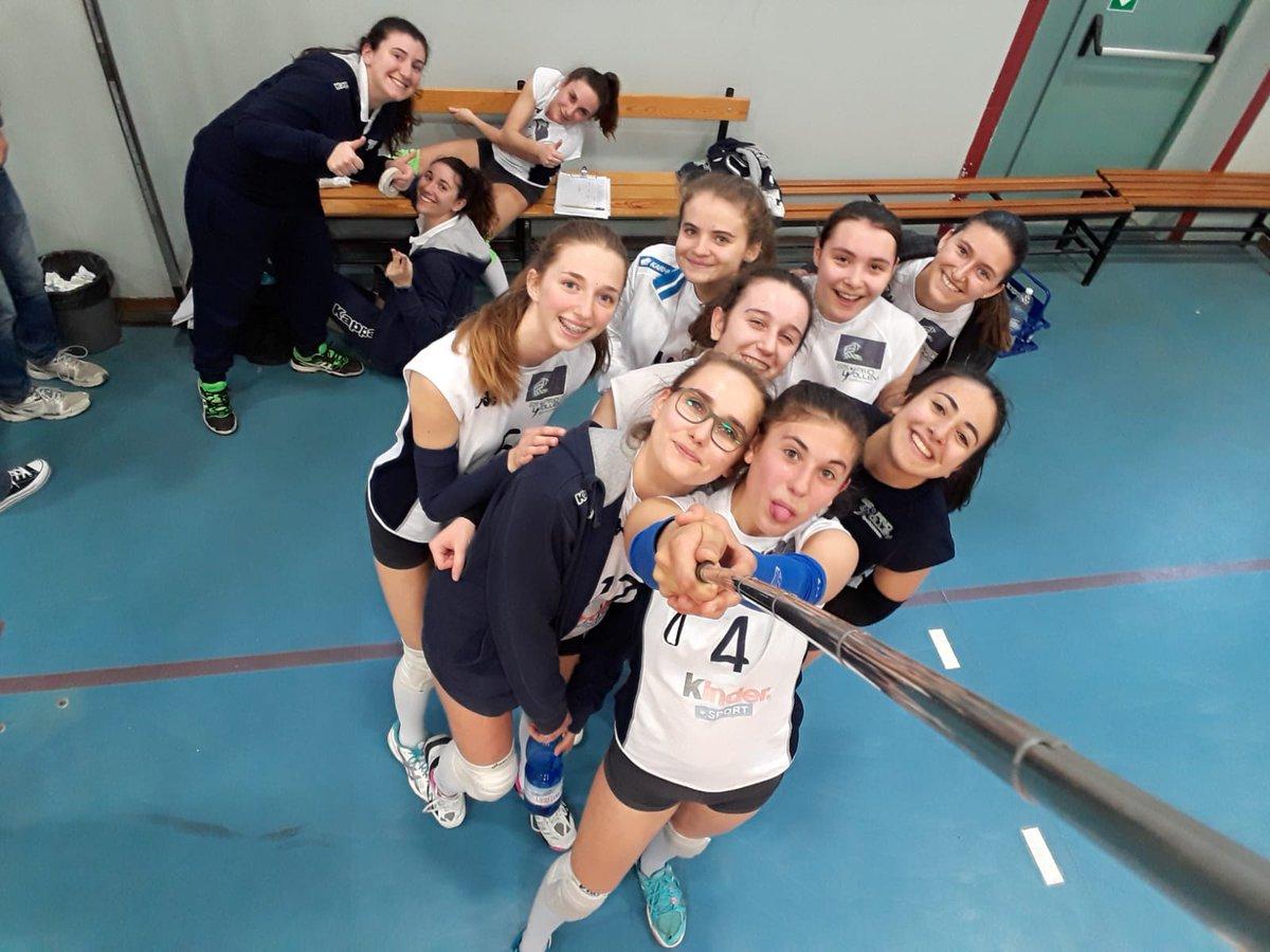 test Twitter Media - Nel secondo impegno del weekend, brillante vittoria casalinga della U16 nel campionato FIPAV per 3-1 (25-20; 24-26; 25-18; 25-16) contro le agguertite atlete del MTV Fucsia https://t.co/uf5dYndlYM