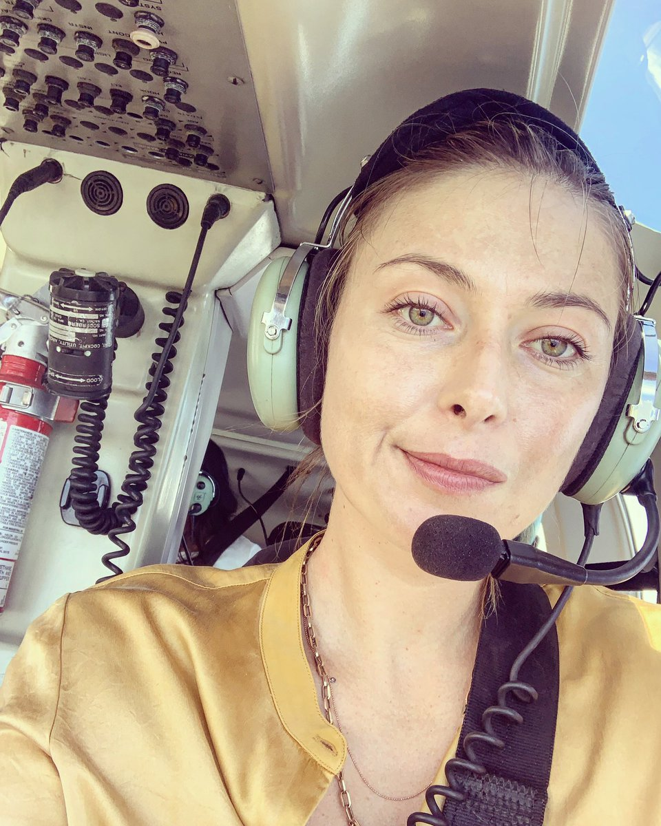 A helicopter ???? ride through the Big Island in Hawaii https://t.co/06JT7Yeqwv