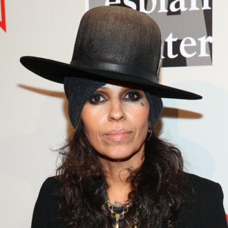 Happy birthday to Linda Perry, Samantha Fox, Chris Stapleton and Luis Fonsi!