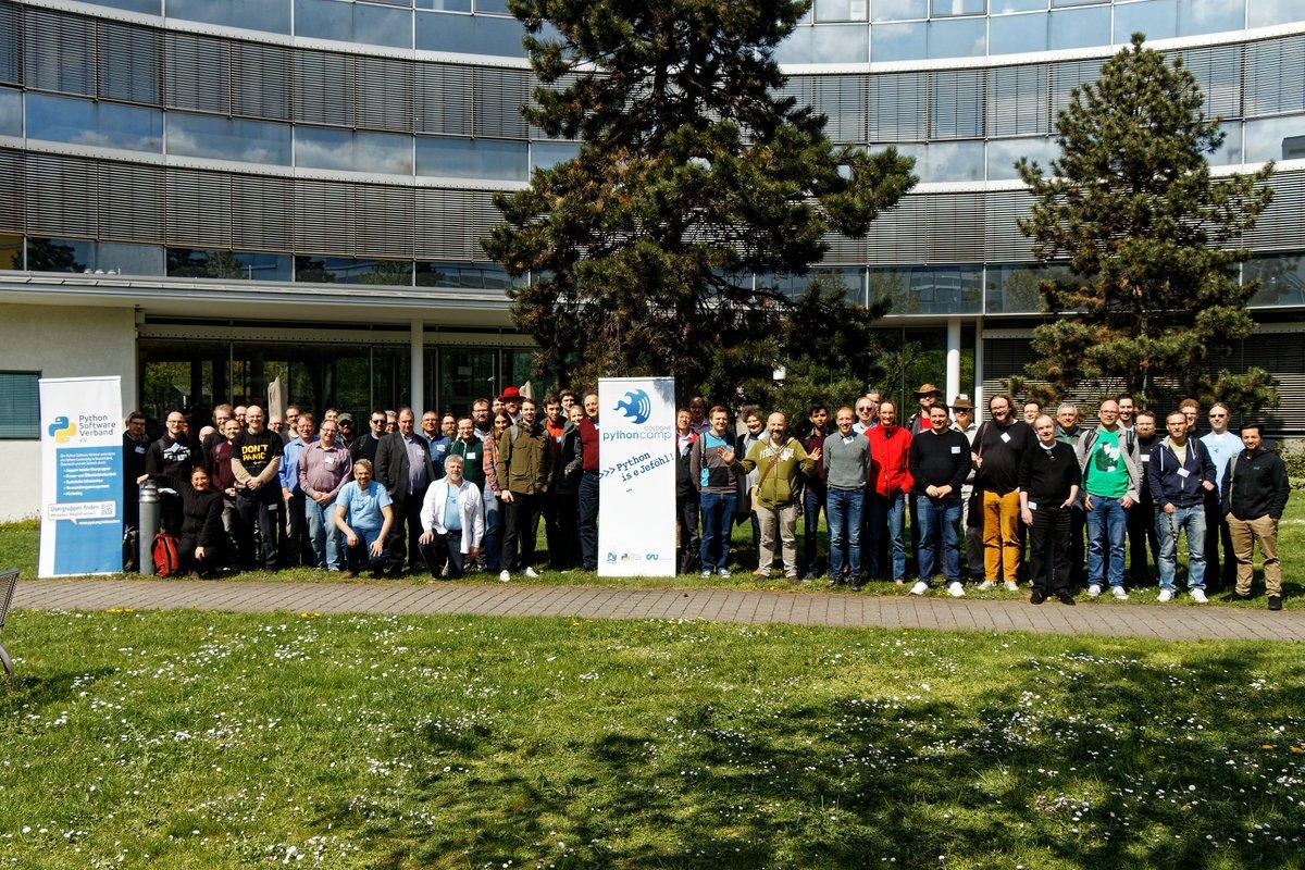 RT @pythoncamp: Das #pyhoncamp am Samstag in @schulungen. Vielen Dank an alle Teilnehmenden! https://t.co/yqSIgGPMWX