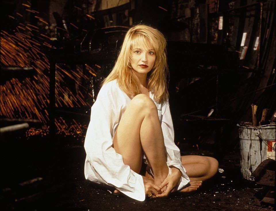 HAPPY BIRTHDAY ELLEN BARKIN - 16. April 1954.  The Bronx, New York City, New York, USA
