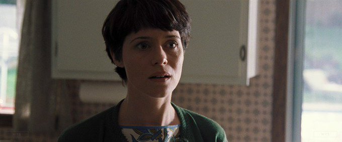Happy Birthday to Claire Foy who\s now 35 years old. Do you remember this movie? 5 min to answer!