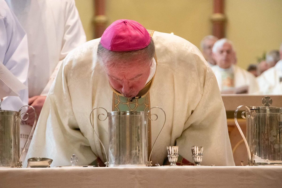 test Twitter Media - We had a wonderful celebration of the Chrism Mass yesterday - virtually all the clergy present with the Cathedral packed to capacity. It was a moment of great grace and joy. https://t.co/HIa46mgNmK