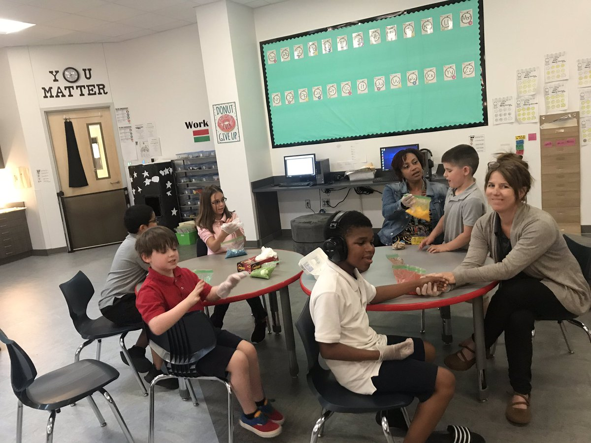 test Twitter Media - RT @AlexWil92217827: We had a blast dying eggs with shaving cream and rice! @CISDDietz https://t.co/gcSGO9Bo9E