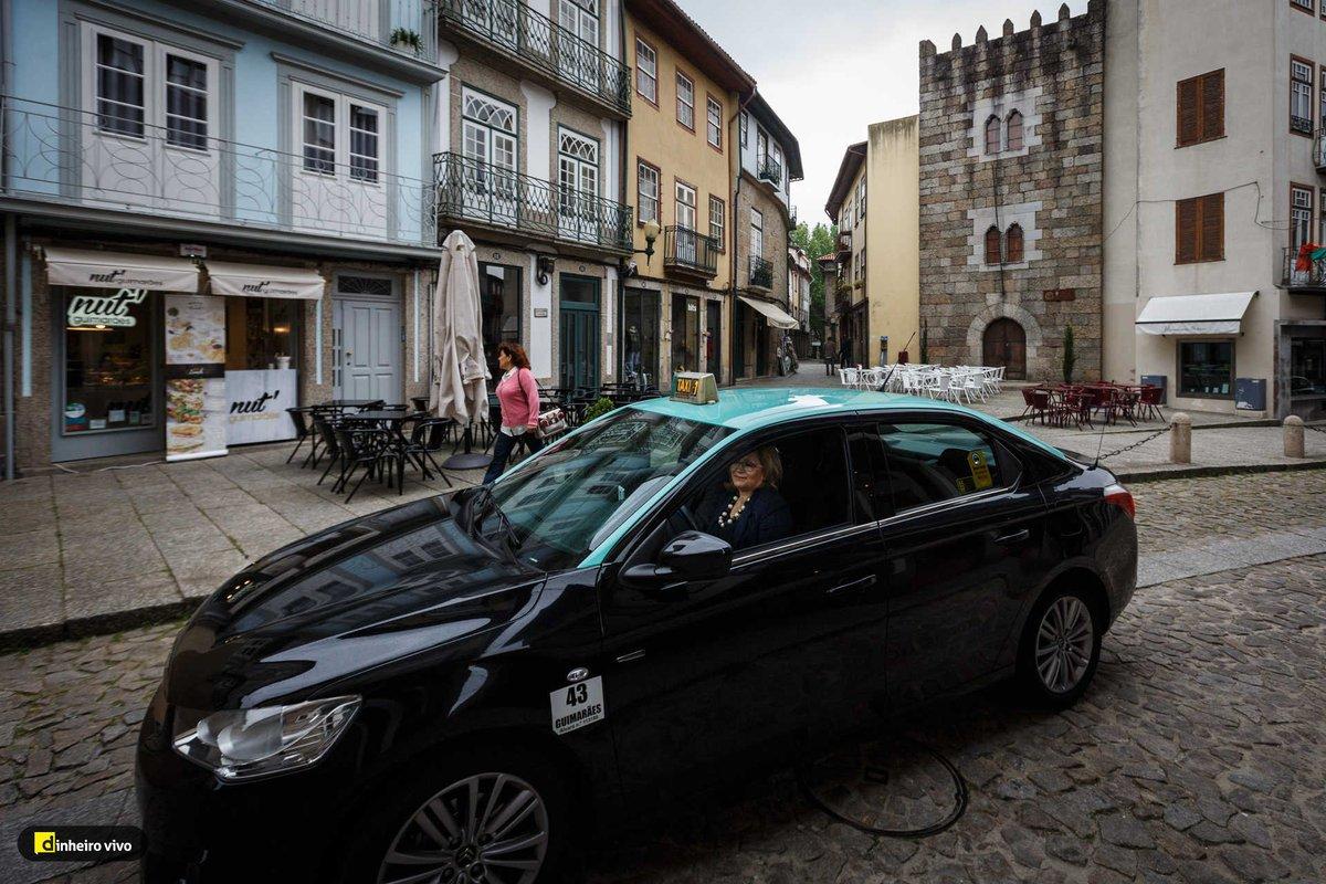 test Twitter Media - Taxistas lançam aplicação para concorrer com a Uber https://t.co/XYX97DEIxU https://t.co/Hm3ZnJyAAe