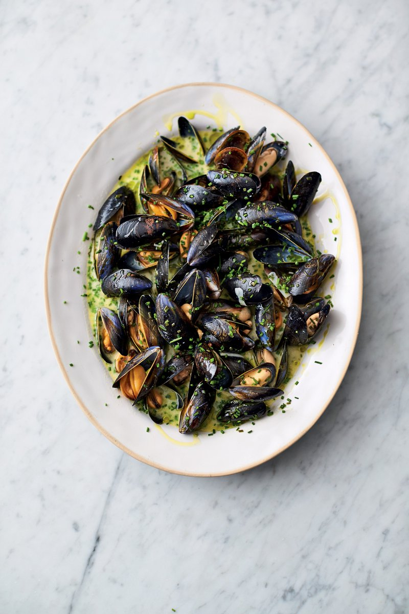 This way for all of tonight's recipes >>> https://t.co/hh1agUyoTG  #QuickAndEasyFood https://t.co/itcD1UYIQ8