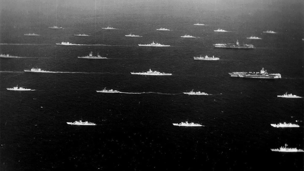 RT @naifudono: 今から30年前の1989年の行われたPACEX '89の演習後に撮影為集合した日米艦艇 https://t.co/LXhZbBZS4Q