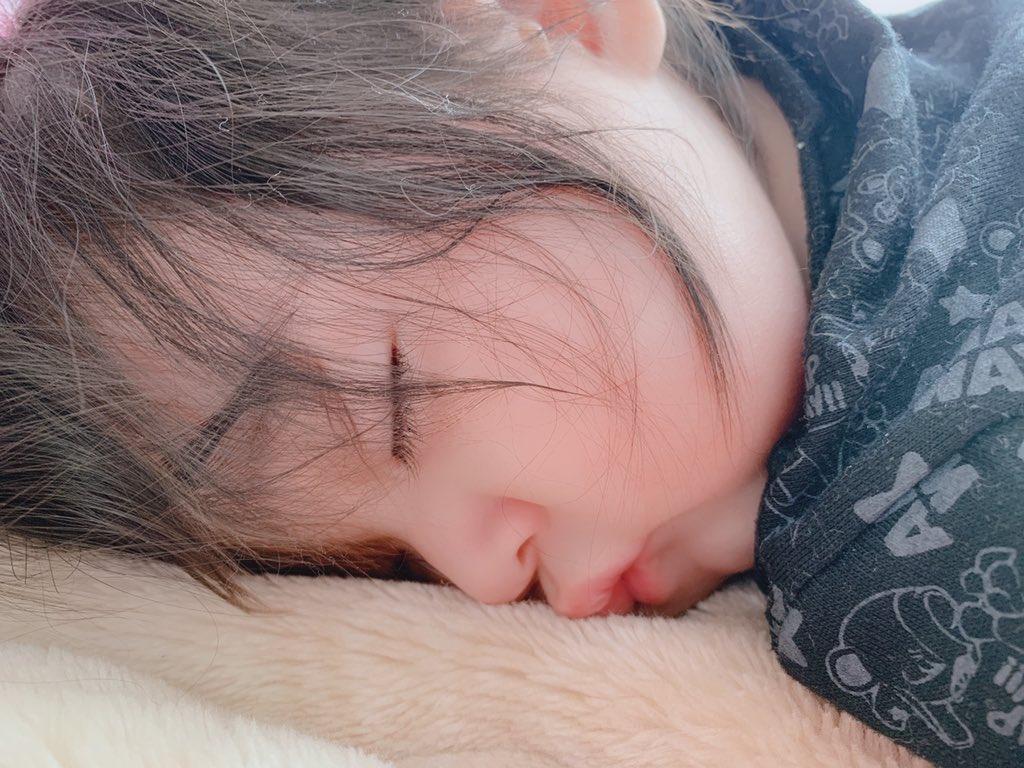 test ツイッターメディア - @chokaigi_PR 子供が5人いるので必ず夜中に起こされてその後は全然眠れません... たまに腰痛もあります... 主人も三交替で寝付きが悪いので我が家の睡眠事情を救ってもらえたらと思います😭 https://t.co/sAoHvjuyn6