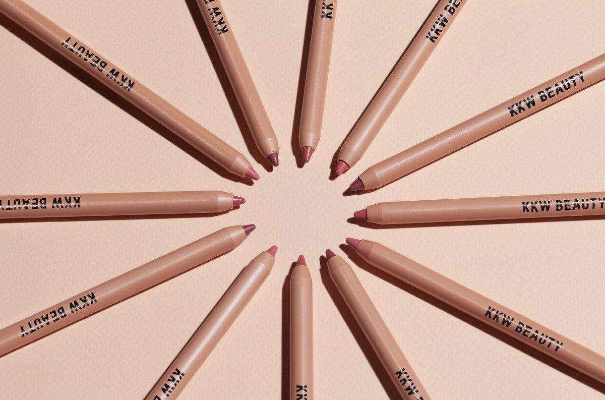 Buy a Crème Lipstick, Get a Crème Lip Liner FREE!! Shop now at https://t.co/PoBZ3bhjs8 #KKWBEAUTY https://t.co/KfqBIfhqwc