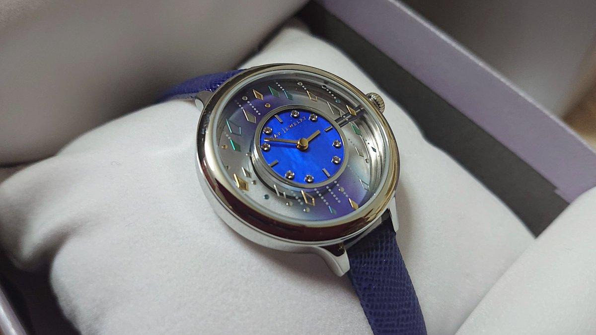 test ツイッターメディア - スタージュエリーの時計、発売日だったから調べてデパート行って買ったった~♪実物もやっぱり可愛かった!!買うなら青!って思ってたけど緑もめちゃくちゃ可愛くて…!結局お店のお姉さんと妹の後押しをいただきました!大事にします🥰 https://t.co/1kNEpIJeft