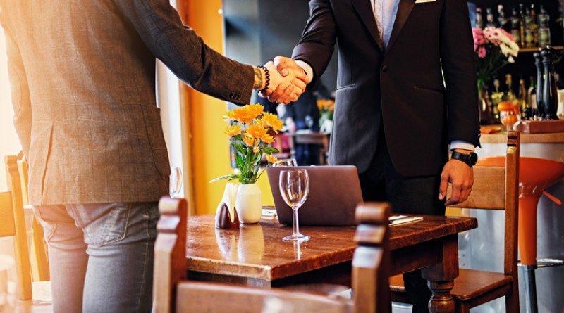 3 #restaurantes ideales para una #comida de #negocios.  https://t.co/gqoegcGgZz https://t.co/3wsQsm7QkZ