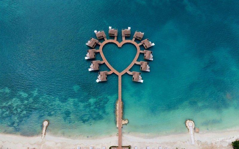 Los #bungalows en forma de corazón ideales para #viajar en #pareja. https://t.co/Z7yn1msqV7 https://t.co/janQBMTkXW