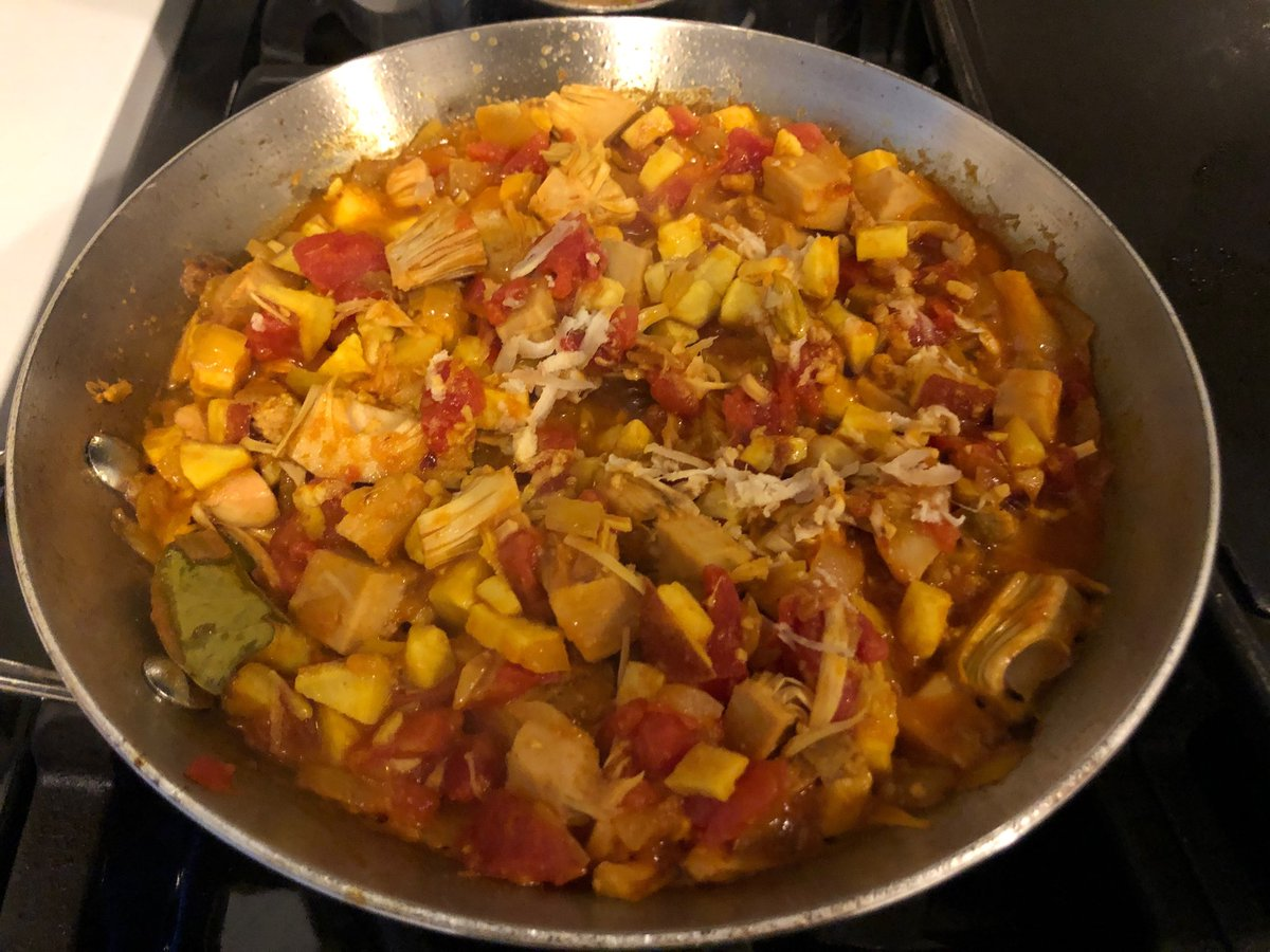 test Twitter Media - Not exactly my thamma's savory jackfruit. But she who fed a family of six on a tight budget and w/o a fridge would be pleased that I have used everything I had left over, including half a yam and a tin of chopped tomatoes. 🍠 https://t.co/C53AdnKClq