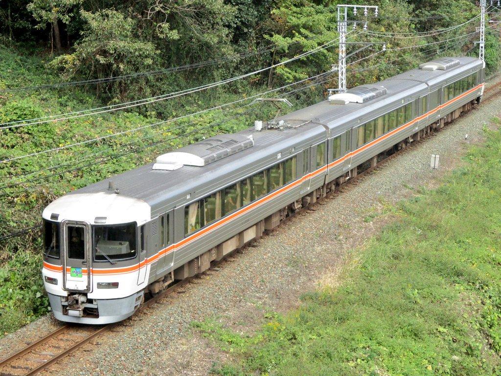 test ツイッターメディア - @domogigidesu 名鉄1800系 名鉄6800系 JR東海373系 名鉄5000系 https://t.co/FvmvORe2lY