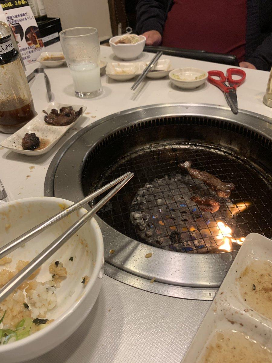 test ツイッターメディア - 焼肉食べて、じゃがりこを揚げたポテリコに流行りのパステルカラーのアイスうめ〜〜〜〜 運動した後の飯は最高⤴︎⤴︎⤴︎ #パステルカラー #焼肉 https://t.co/AEpjwXnemQ