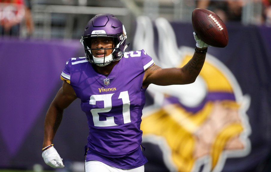 RT @vikingsspin: Nice to see Mike Hughes back at off season workouts.  Very good sign!  #SKOL https://t.co/7najsXMBfQ