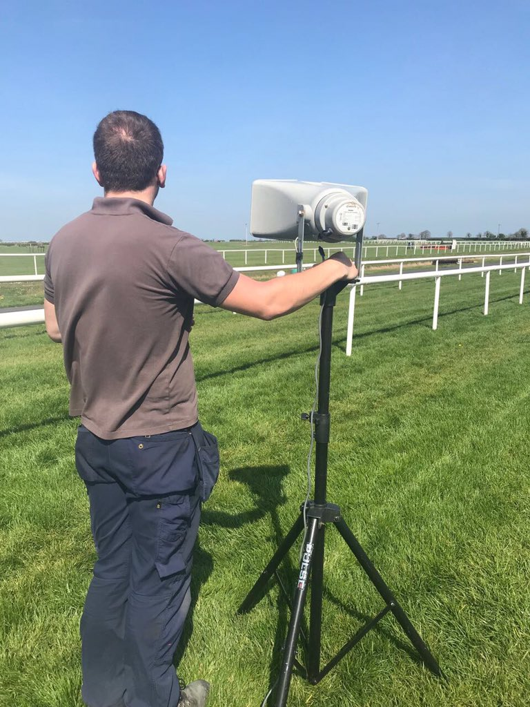 test Twitter Media - At the start in @Fairyhouse https://t.co/cna5iCzW7C