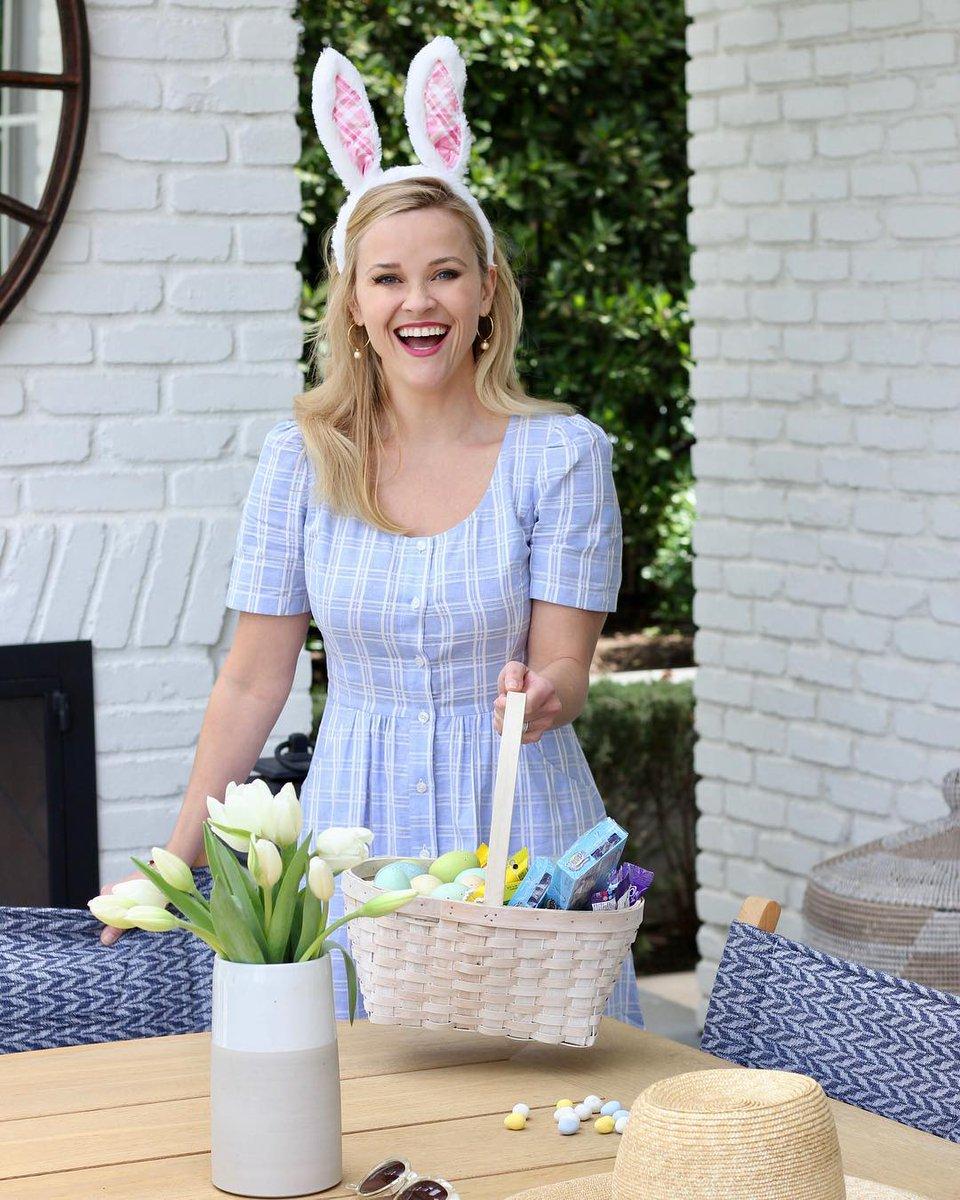 Hoppy Easter from Elle Woods. ?