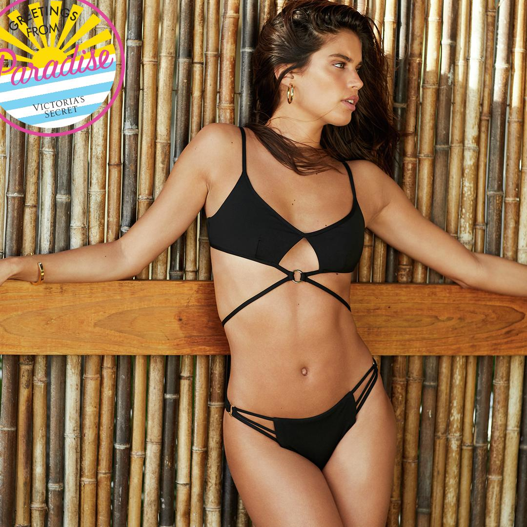 Angel @SaraSampaio's paradise: an island, the ocean & loved ones. What's yours? #VSBombshell https://t.co/Ry7ppQGtuZ