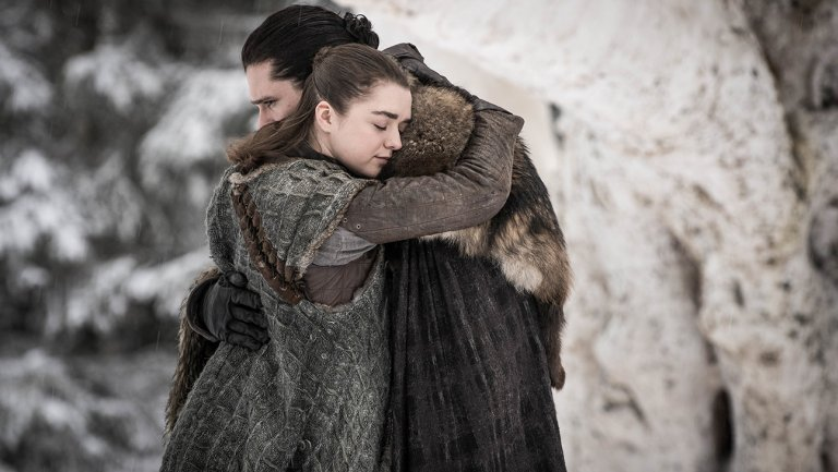 Did you catch these 11 callbacks to the GameOfThrones pilot in last week's season premiere?