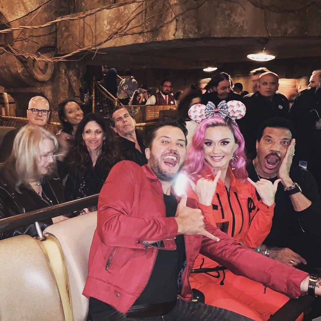 What a wild ride Disney night has been! VOTE NOW OR FOREVER HOLD YOUR PEACE #americanidol https://t.co/JIeE84zSHP