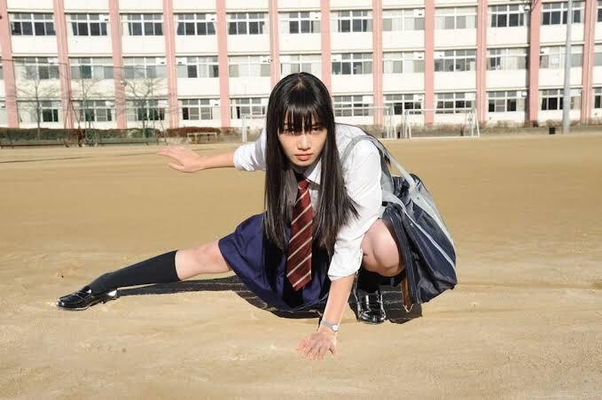 test ツイッターメディア - 転校する小松菜奈が、最後に自分に告白していくという青春映画のような幸せな夢を見た。 https://t.co/4U6VtaYDBo