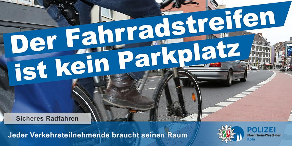 """#PolizeiNRW #Köln #Leverkusen : """"Der #Fahrradstreifen ist kein Parkplatz"""" -  Die Polizei Köln wirbt seit heute im Großformat auf 56 digitalen Informationstafeln für freie Radwege. Sicheres #Radfahren in der Stadt braucht sichere Verkehrsflächen – ohne Ladeverkehr oder Kurzparker. https://t.co/u4x3L0y5xu"""