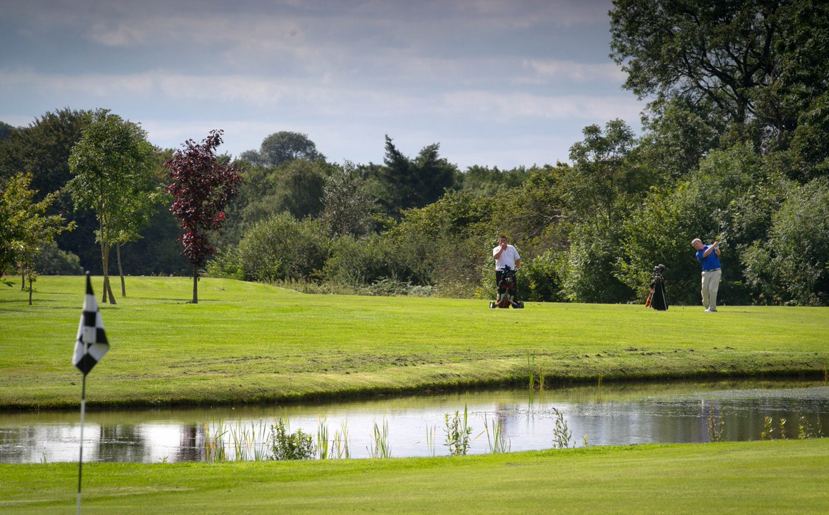 test Twitter Media - Happy Bank Holiday ☀️🏌️‍♂️  Looking for a relaxing round of Golf this Monday afternoon?  We have available Tee Times from 1pm- Onwards.  To book your Tee Time call 01446 781781 Opt1  #golf #bankholiday #cottrellpark https://t.co/oViOEaIjt9