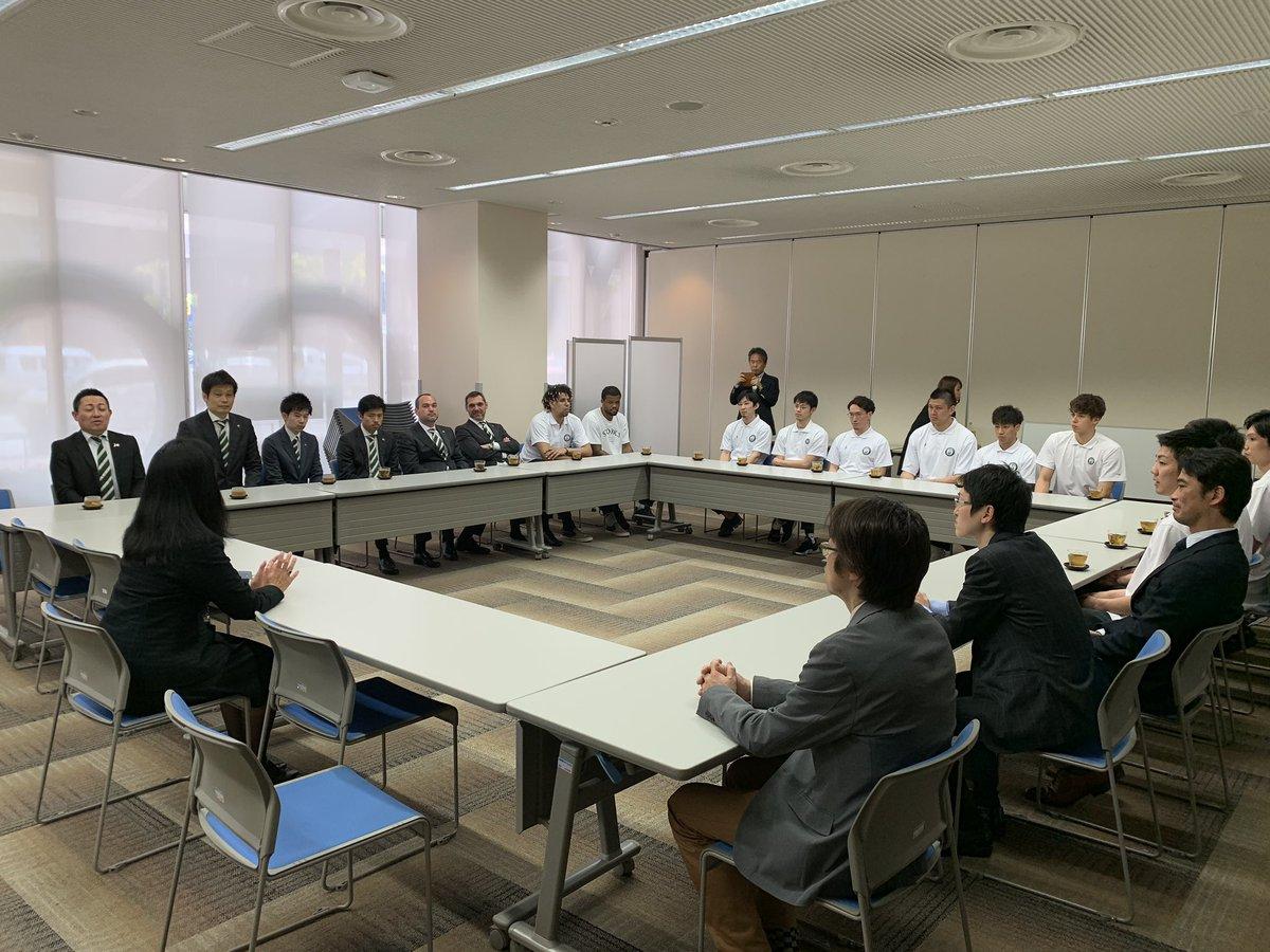 test ツイッターメディア - 次に #NHK神戸放送局 へ🎥 淡路島開催や練習の取材など大変お世話になりました🙇♀️来シーズンは必ず試合観戦へ行かせていただきます、と林局長からうれしいお言葉もいただきました✨今後ともよろしくお願いいたします‼️ #西宮ストークス #感謝 https://t.co/40bOFOqD2A