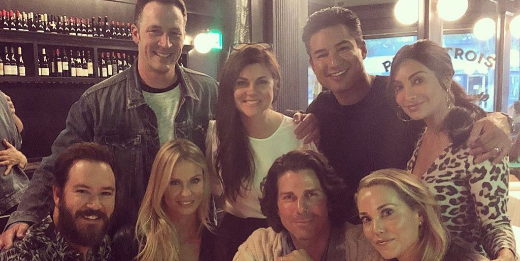 After nearly 30 years, check out the epic reunion of the Saved by the Bell stars https://t.co/MhZP1ZWy62 https://t.co/pYuhvEeFXj