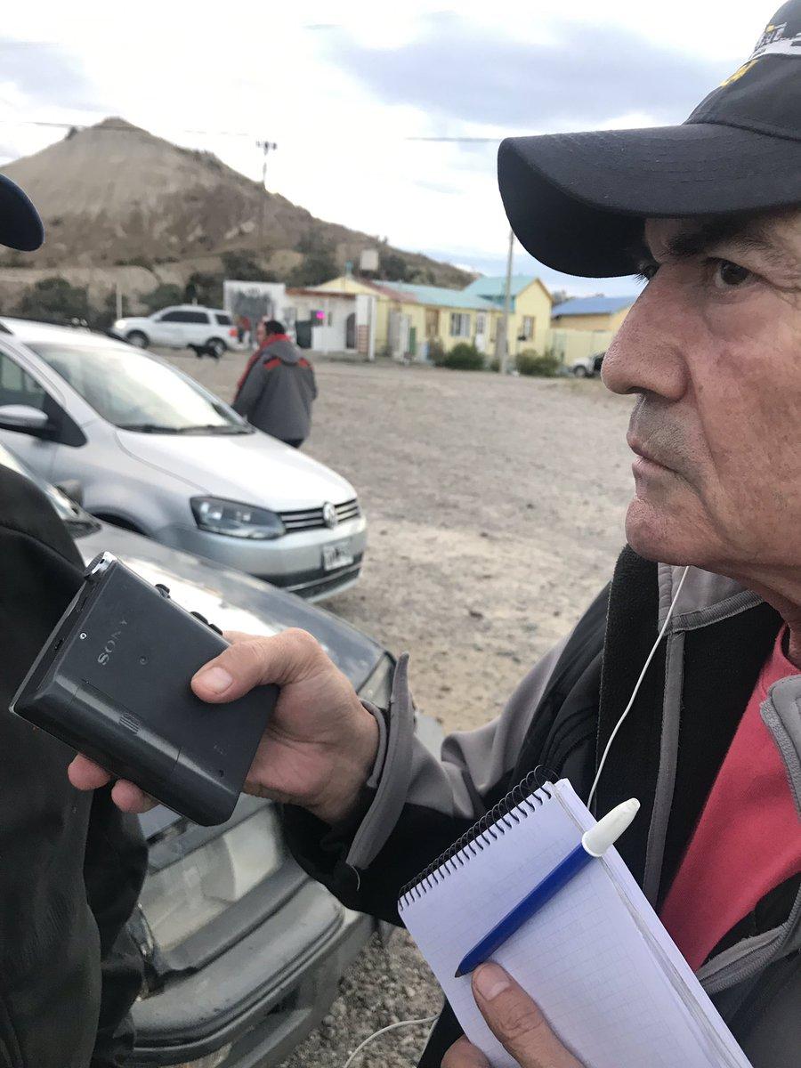 RT @ornellavezzoso: Único e inigualable !!! Miguel con su grabador periodístico del siglo pasado !!!! 👏🏻👏🏻 genio https://t.co/Xu3daewDMD