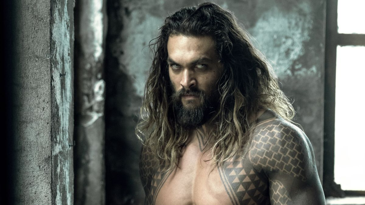 RT @BatmanNewsCom: New footage surfaces of Aquaman...
