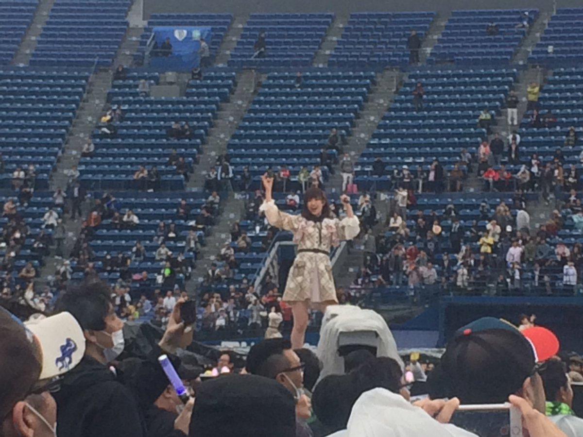 【悲報】AKBグループ総出の横浜スタジアムコンサートが超絶ガラガラで完全オワコンwwwwwwwwwwww