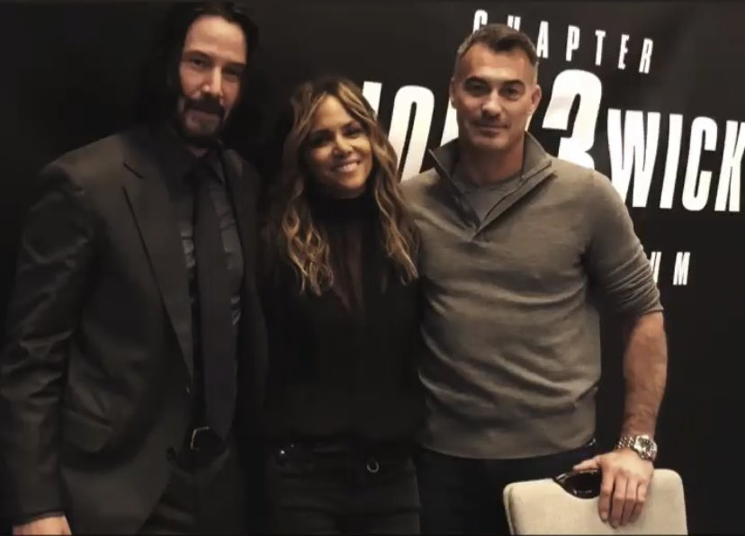 RT @JohnWickUK: Yeah, we're thinking he's back. #JohnWick3 (????: @halleberry) https://t.co/D4mzFwRUCL
