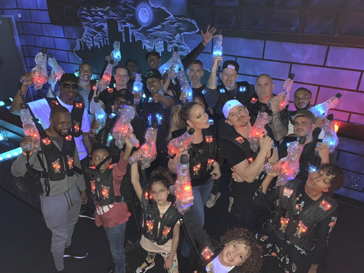 Laser tag extravaganza!!!  The festivities continue!!!  ???????????? #RocnRoe #HappyBirthday https://t.co/2ZUuDpM89L