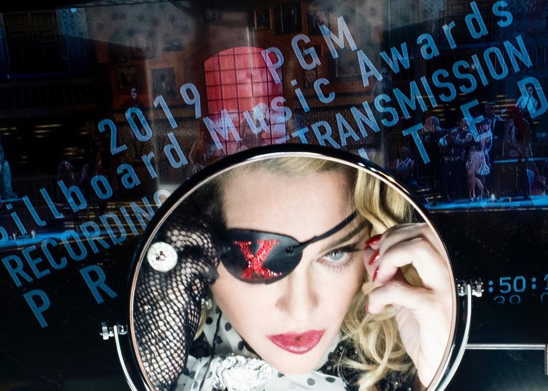 Madame ❌ has butterflies.......... showtime is right around the corner. @maluma #BBMAs ???????????????????? https://t.co/Ja5BLDRD3X