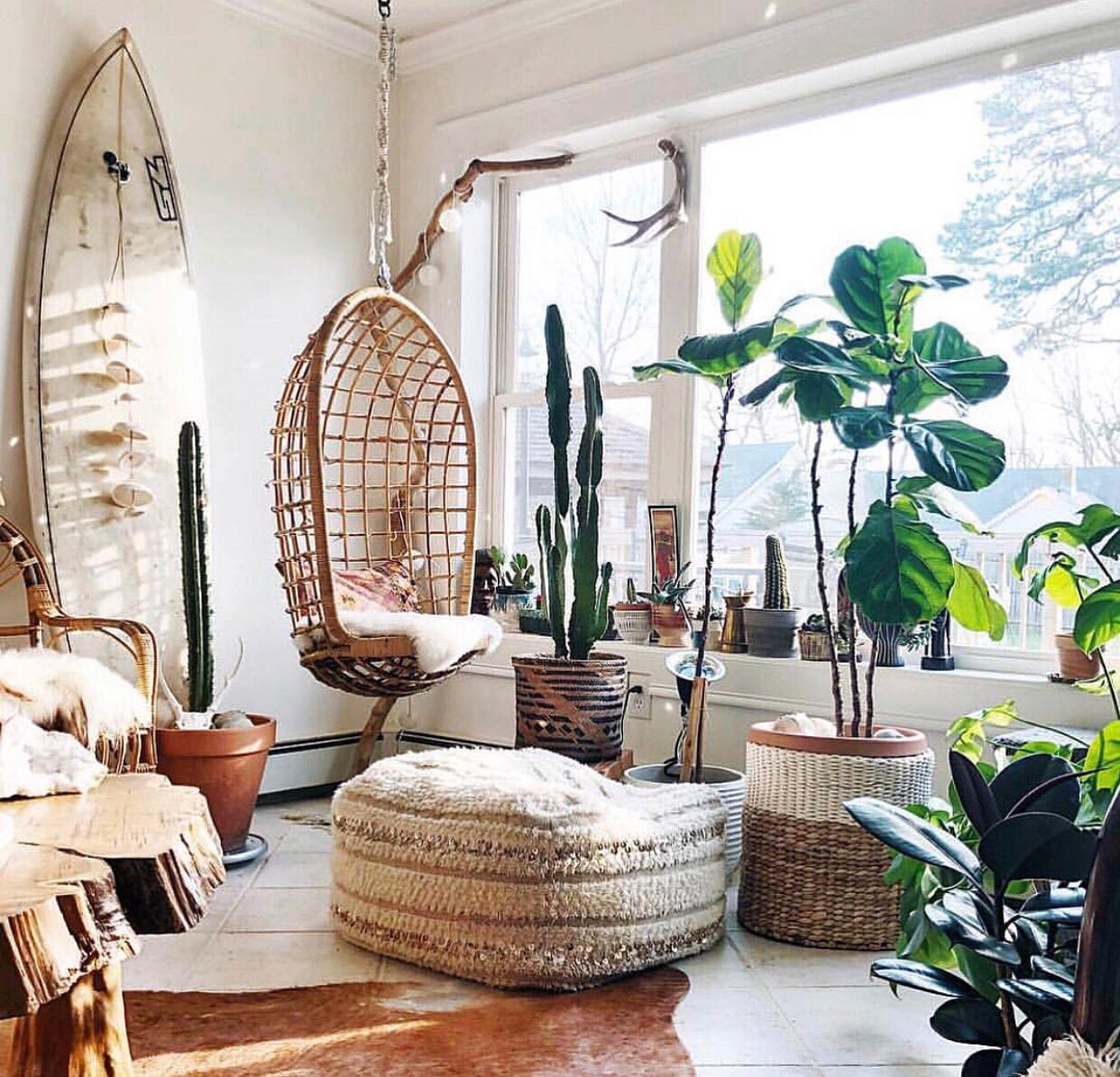 Güneşli,güzel bir güne günaydın☀️ 📷 : @sara__pavao #marieclairemaisontr #decoideas #decoration #inspiration #morning https://t.co/7ajslKJBBg