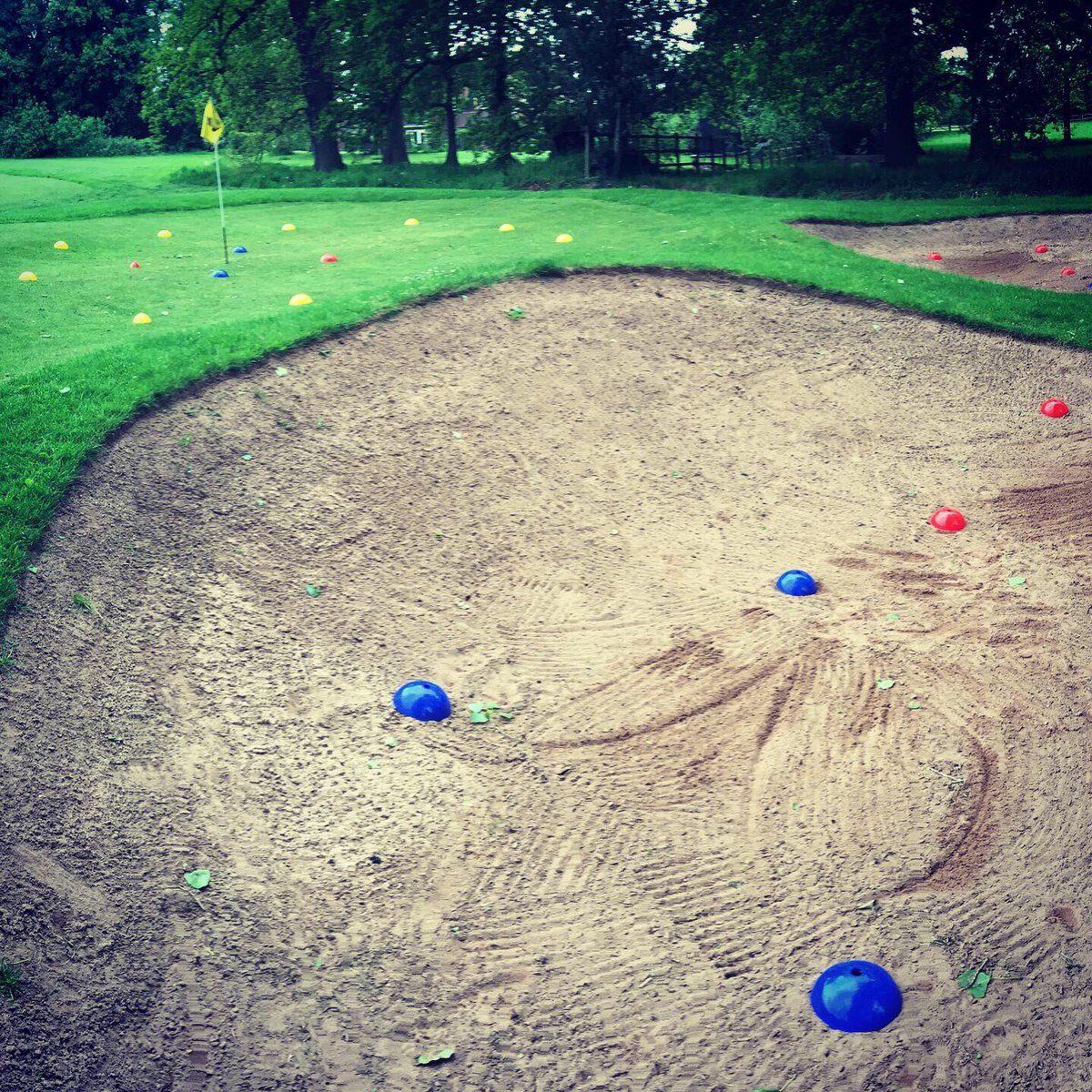 test Twitter Media - All set for the start of a busy weekend of Junior Golf. Starting with our IPGC Juniors  ➡️ Quick 'Cricket' warm up  ➡️ Bunker Play (understanding how the Club works) Should be fun #GirlsGolfRocks #GrowTheGame  @MidlandsGolfer @EnglandGolf @staffsgolf @GolfRootsHQ @PGAmag @ThePGA https://t.co/uX7nECvL1C