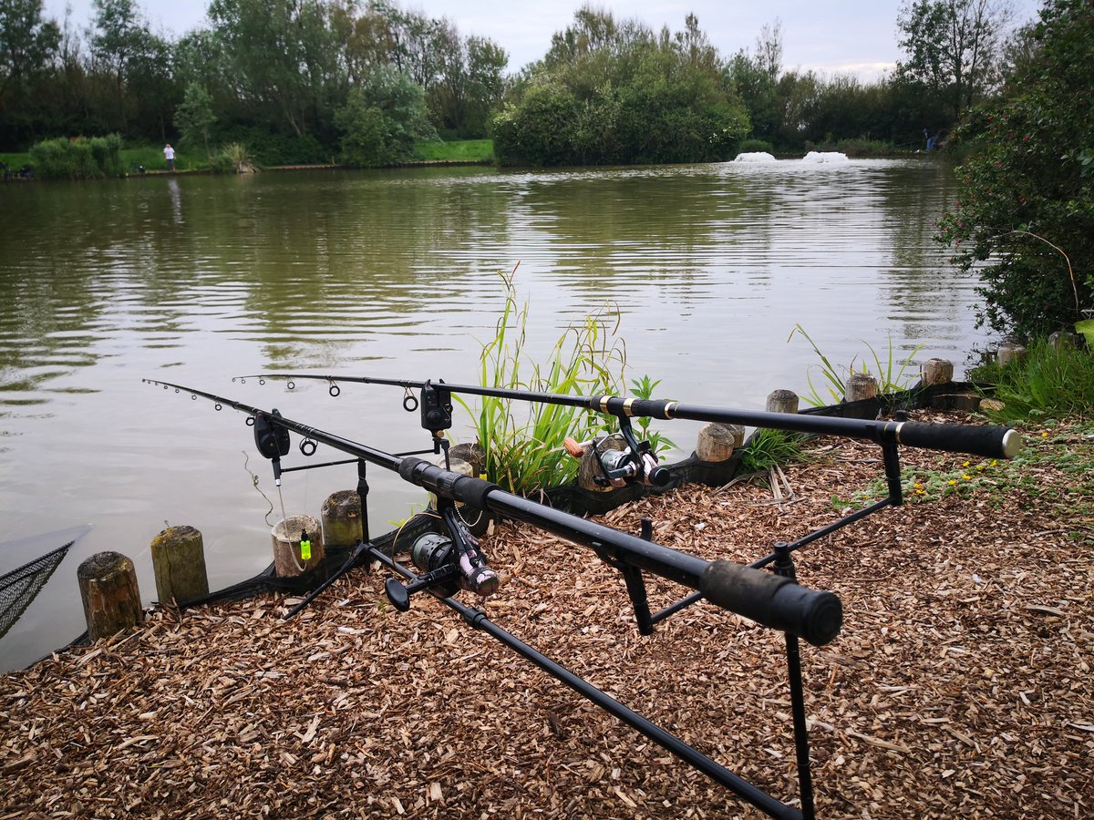 Carp rods are out,  now just waiting for the carp too play.  #fishing #CarpFishing #NorthamFarm #Bre