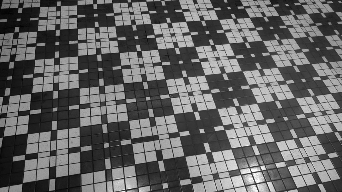 Post a photo of a floor pattern.   Your pics all go here: https://t.co/lz19TUopSM https://t.co/YESzb2nSYR