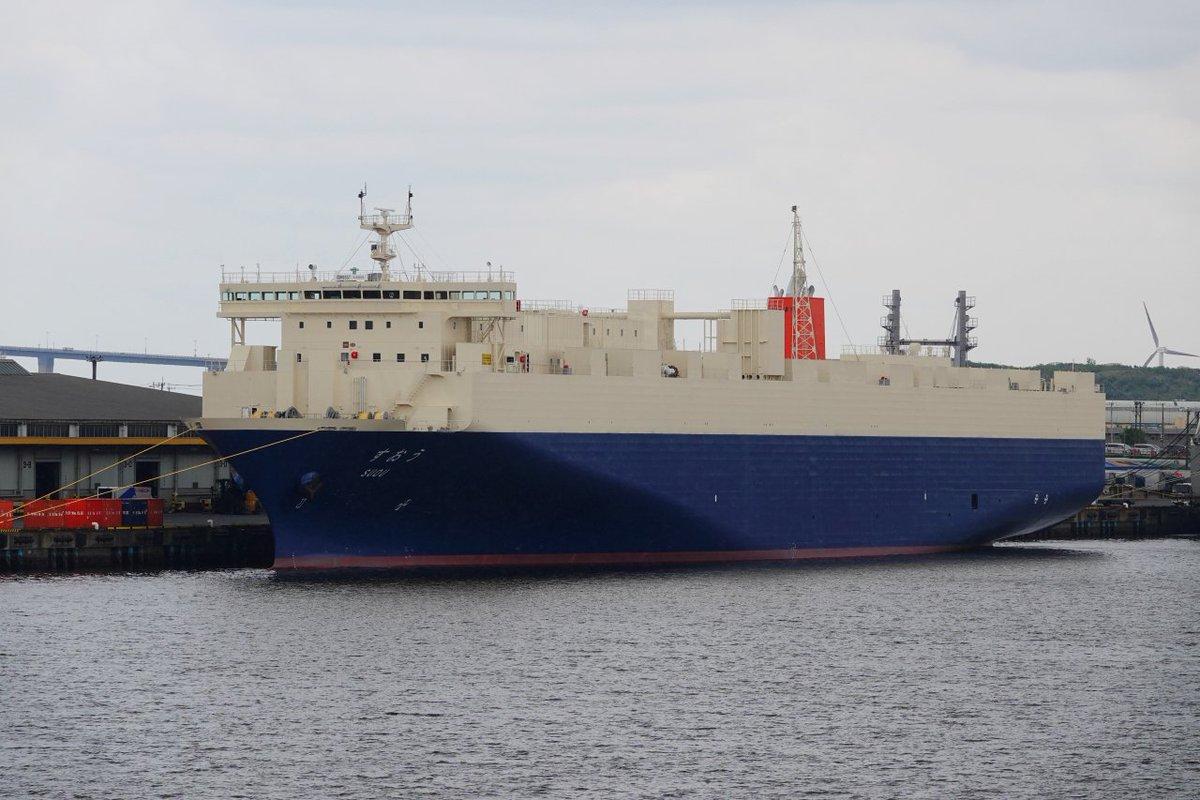 test ツイッターメディア - 昨日、晴海に行く前に、聞きなれない船が10号地に停泊していたんで青海から見てきました。  商船三井フェリーの新造RoRo船「すおう」で5月17日に東京~九州苅田間に就航したばかり。東京は初寄港ですかね。  総トン数11675トン、全長175.3mです。 南日本造船大在工場で建造。  #東京港 #RoRo https://t.co/pH64Tozlbz