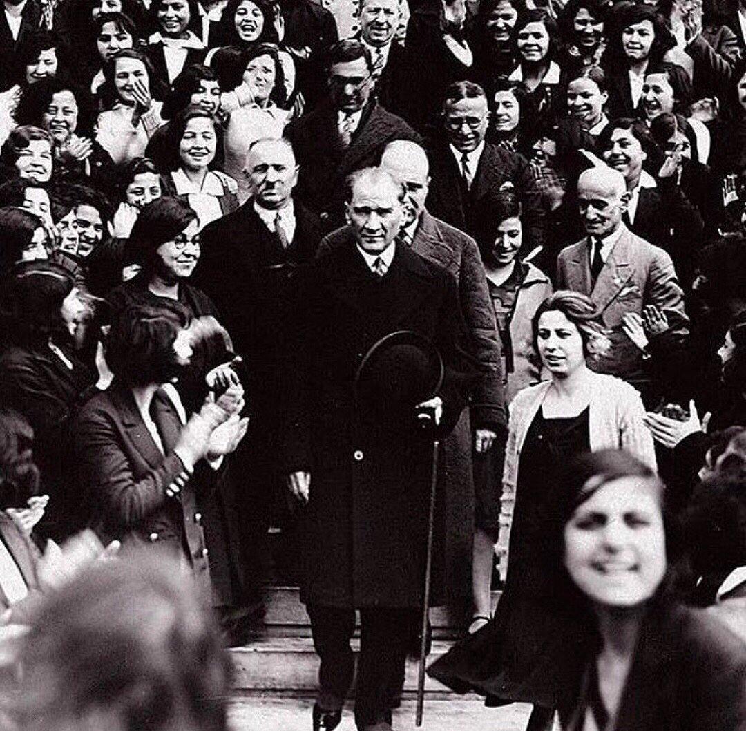 19 Mayıs Atatürk'ü Anma, Gençlik ve Spor Bayramı'mız kutlu olsun!🇹🇷 #19mayıs #19mayısatatürküanmagençlikvesporbayramı #mustafakemalatatürk https://t.co/gZvFvXNwBw
