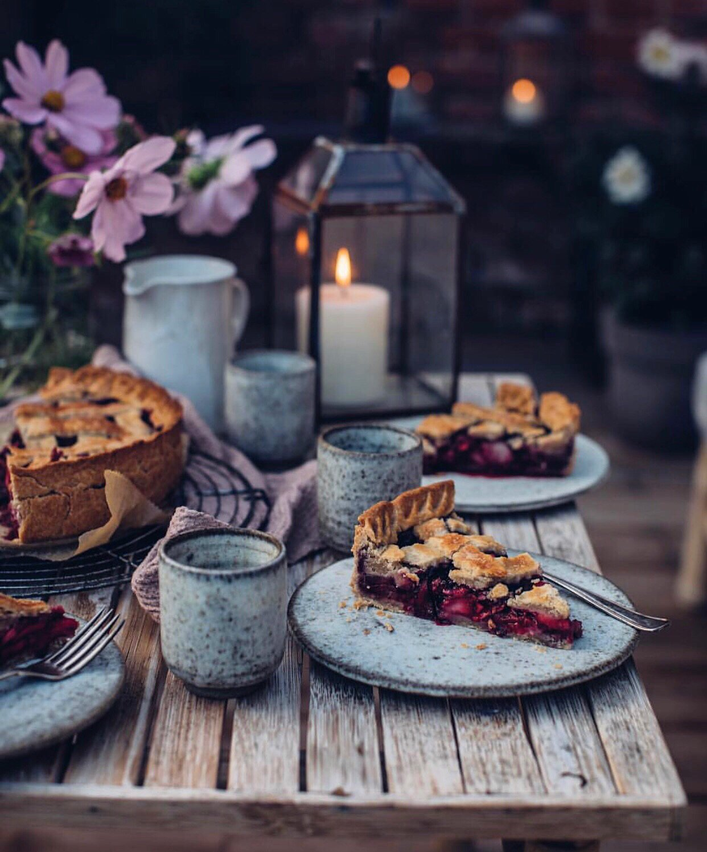 Akşamın tatlı esintisi eşliğinde geçen Pazar 🕯 📷 @_foodstories_ #marieclairemaisontr #decoideas #decoration #inspiration https://t.co/n9M43dmt0c
