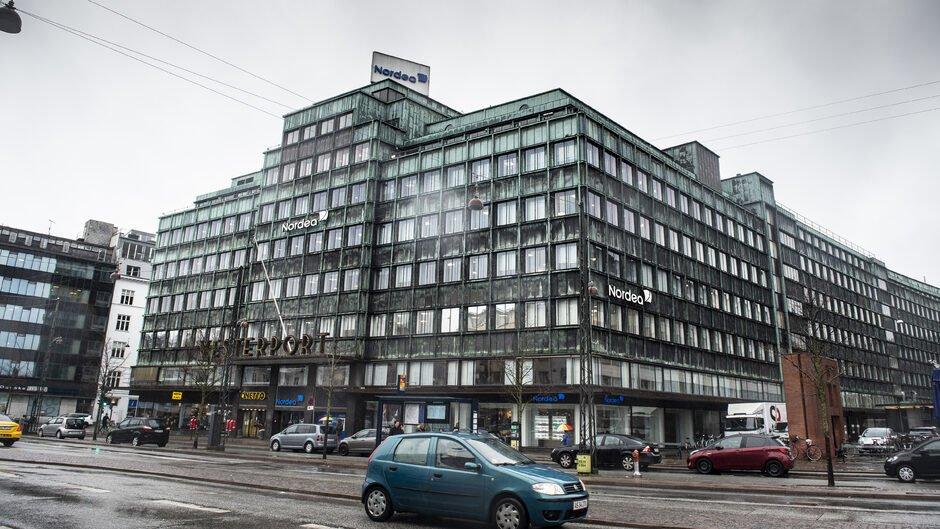 test Twitter Media - Momssvindlere sendte millioner gennem Nordea og Jyske Bank https://t.co/HxZaz7bw9b https://t.co/o506Suw4Qs