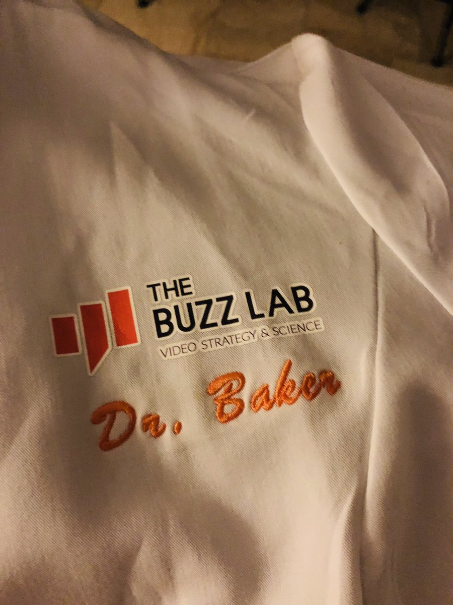 wsakaren: Hey Joe @thebuzzlab is it time to bring back the coat? Feel like it needs 1 last outing. #PreImagine #MagentoImagine https://t.co/aYR2000Xc2