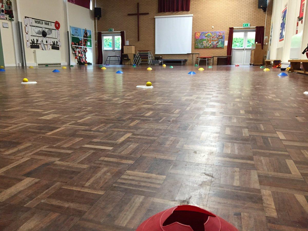 test Twitter Media - It's School Tri-Golf time!! St-John's Primary School (Stafford) First session done, 3 more to go! The children had a blast!  Making golf accessible to as many children as poss👍 #GrowtheGame #WeLoveGolf #MGSocial @MidlandsGolfer @GolfRootsHQ @EnglandGolf @thejazzygolfer @TheClub https://t.co/aDj1CWYWgz