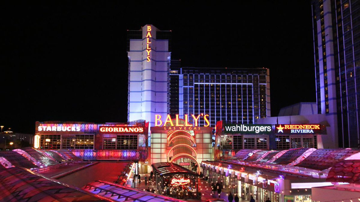 NickPiro: Hotel booked! What can I say? I'm a late bloomer. #roadtoimagine #magentoimagine #magento https://t.co/Ovy1S0Ah14