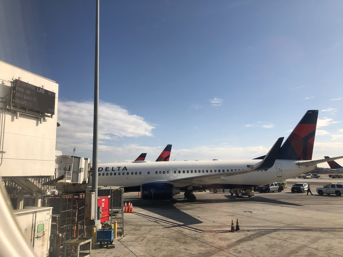 sherrierohde: My _strenuous_ 45 minute #RoadToImagine begins. Shout out to @Delta for the first class upgrade. #DeltaMedallion https://t.co/dfBiME44Wt