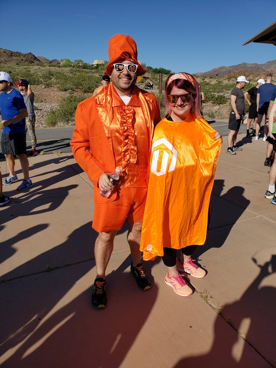 magento: .@sherrierohde and @benmarks dressed for the occasion. #BigDamRun #MagentoImagine #MagentoCommunity https://t.co/rbwVYnD5TH